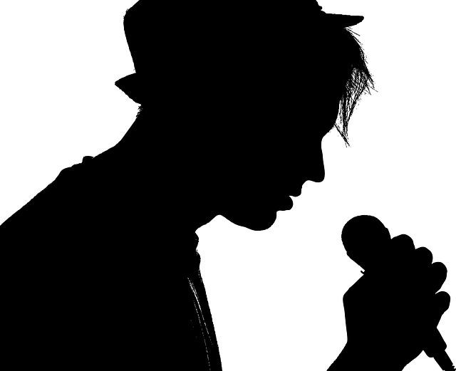 カラオケで歌えればモテる!スピッツの激ムズ曲